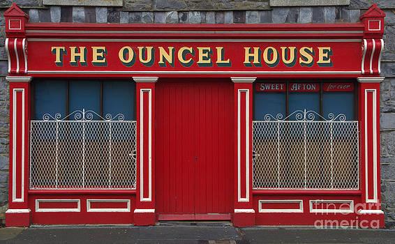 Joe Cashin - The Ouncel House