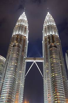 The Petronas Towers at night by Jeremy Voisey