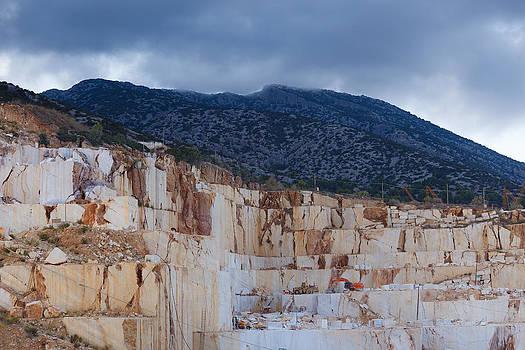 The quarry by Paul Indigo