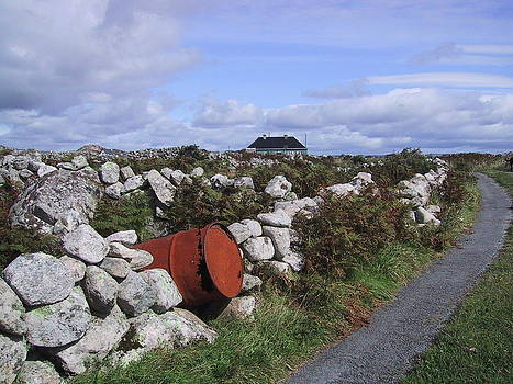 Val Byrne - The Red Gate to Heaven