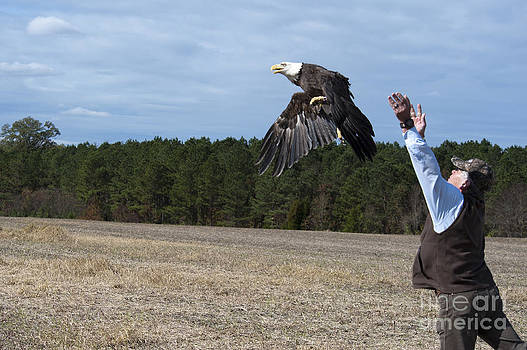 Jonathan E Whichard - THE RELEASE   WILDLIFE CENTER OF VIRGINIA EAGLE RELEASE