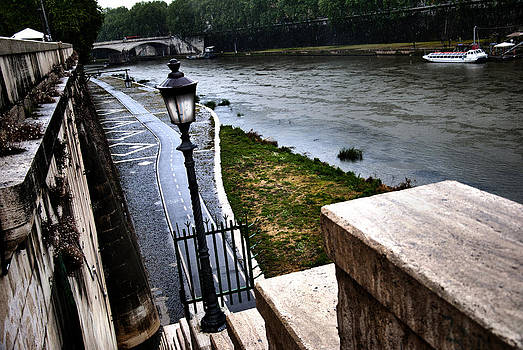 The road to Tevere by Francesco Zappala