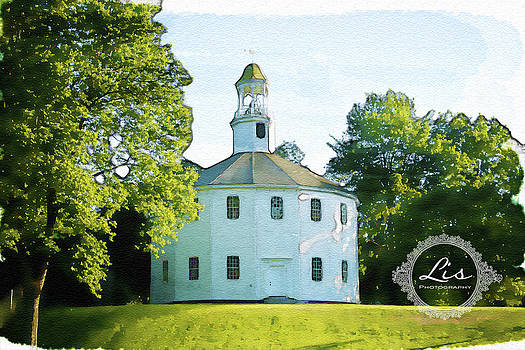 The round church-watercolor by Elisabete Companion