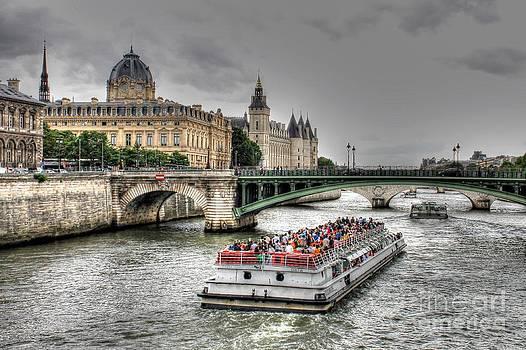 Ines Bolasini - The Seine River