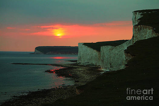 The Seven Sisters by Tom Hard