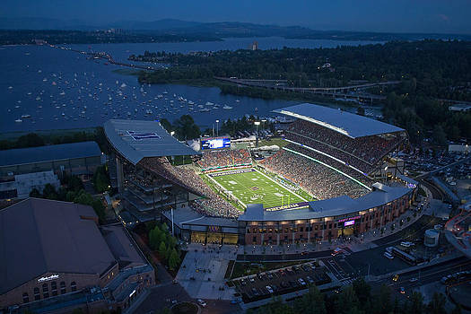 Max Waugh - Husky Stadium and the Mountain