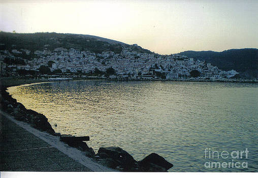 The town of Skopelos by Katerina Kostaki