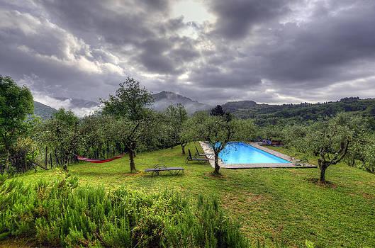 Matt Swinden - The Tuscan Villa Pool