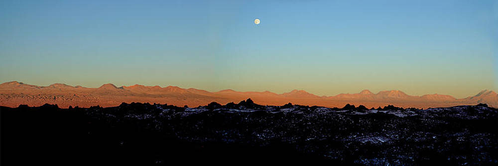 The Valley Moon Chile by Robin Cuervo