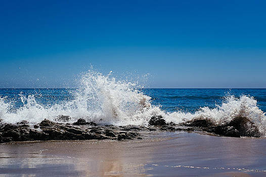 The Waves of Carpinteria by Tony Boyajian