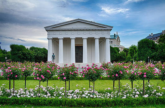 Theseus Temple in Roses by Viacheslav Savitskiy