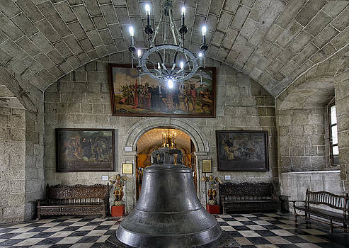 Paul W Sharpe Aka Wizard of Wonders - This is the Philippines No.89 - San Agustin Church Bell