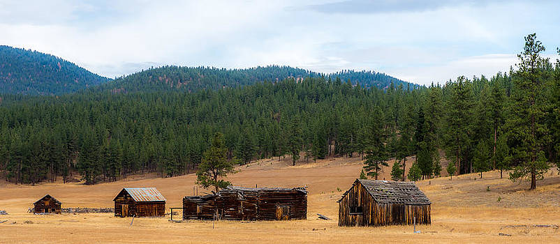 This Old Farm by Randy Giesbrecht