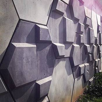 This Wall Is Amazing! #hypnotizing by Lacie Vasquez