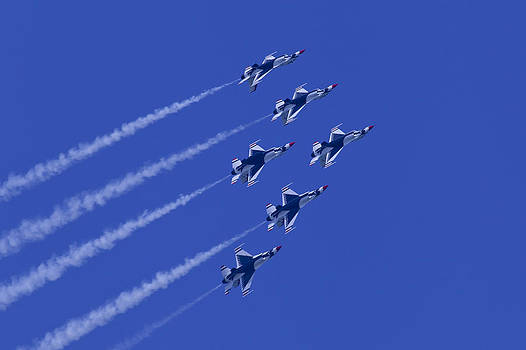 Donna Corless - Thunderbirds Diamond Formation With 6