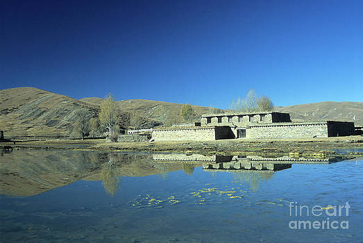 James Brunker - Traditional Tibetan Houses