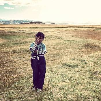Tibetan Nomad Kid. by Hitendra SINKAR