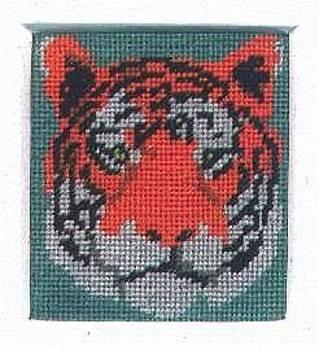 Tiger Head by Mona  Bernhardt-Lorinczi