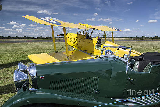 Simon Pocklington - Tiger Moth and Lagonda