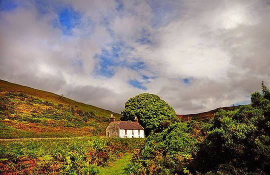 Jenny Rainbow - Time Goes By so Slowly. White Abandoned House in Wicklow