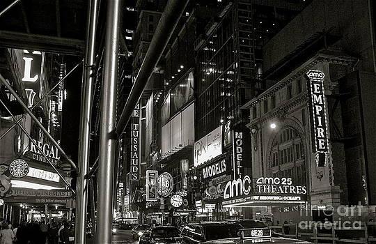 LeLa Becker - Times Square