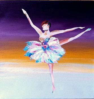 Tiny Dancers I by Beth Smith