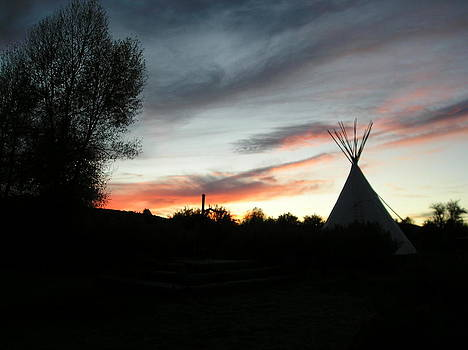 Tipi at Grasshopper Creekk by Johanna Elik