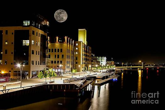 Nikki Vig - Titletown Riverfront at Night