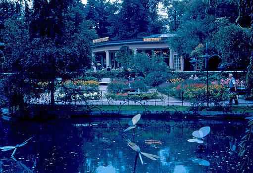 Tivoli Gardens 8 1963 by Cumberland Warden