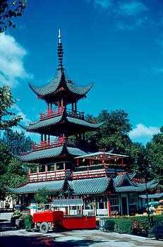 Tivoli Pagoda 1953 by Cumberland Warden