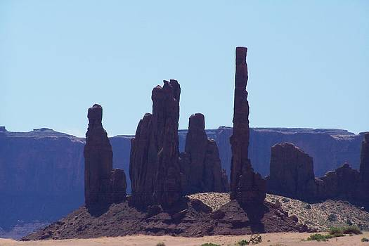 Totem Pole in Monument Valley by Dany Lison