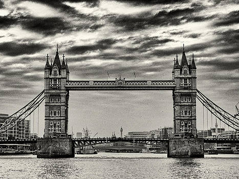 Tower Bridge by Brian Orlovich