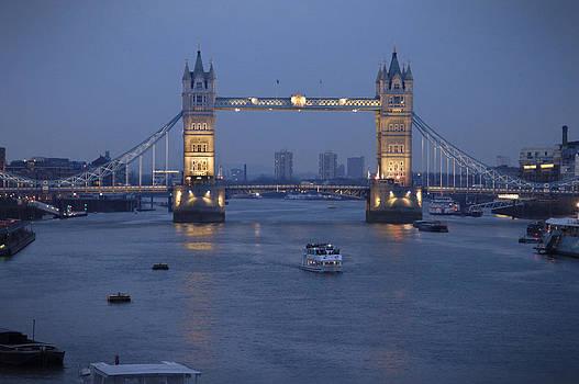 Mike McGlothlen - Tower Bridge - England