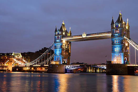 Tower Bridge illuminated for Je Suis Charlie by Ivelin Donchev