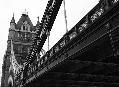 Tower Bridge by Martin Hristov