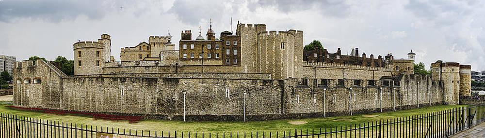 Heather Applegate - Tower of London Panorama