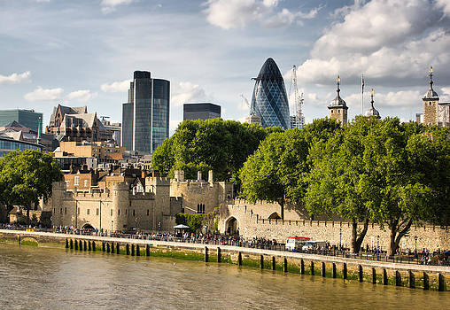 Tower of London by Pier Giorgio Mariani