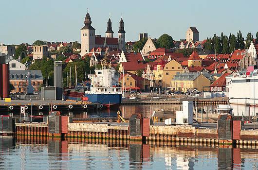 Dreamland Media - Town Harbour