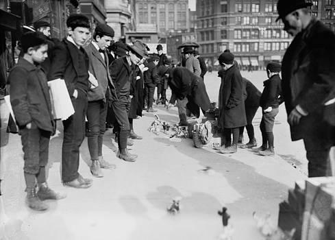 Steve K - Toys on the street 1900