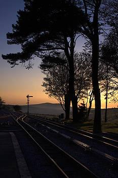 Stephen Barrie - Tracks at Dusk