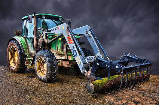 Tractor Art by Pete Hemington
