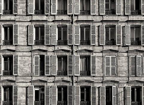 Traditional Facade in Paris. Black and White by Francesco Rizzato