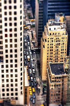 Traffic in Manhattan by Pier Giorgio Mariani