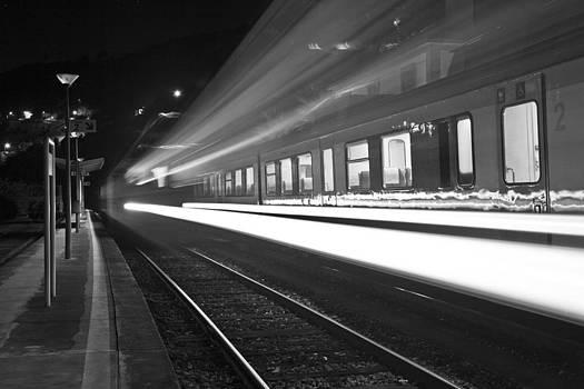 Train Spot by Ricardo Machado