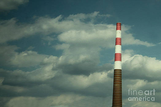Gregory Dyer - Train to Prague - Smoke Stack - 02