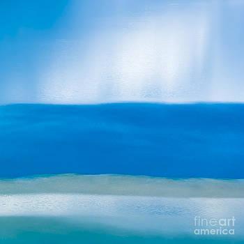 Tranquillity 2 by Hitendra SINKAR