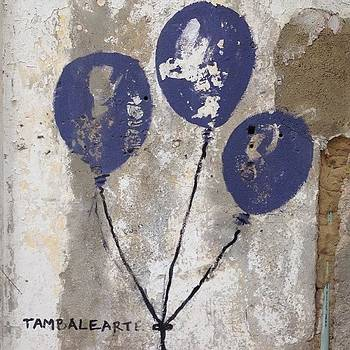 Tres Globos Azules #cartagena by Coyle Glass