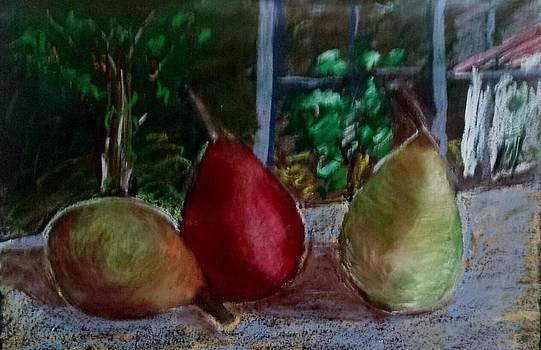 Tres Peras by Juan Sandin