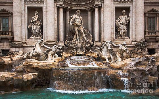 Trevi Fountain by John Wadleigh
