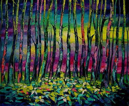 Trilliums in the moonglow by Keren Gorzhaltsan